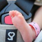 産まれたての赤ちゃんの背骨を守るCカーブ